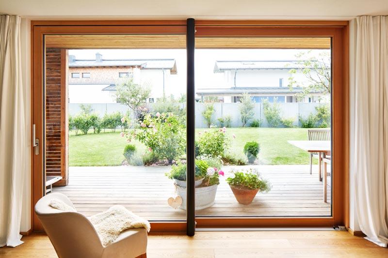 Einfamilienhaus ganz aus holz architektur online for Josko fenster