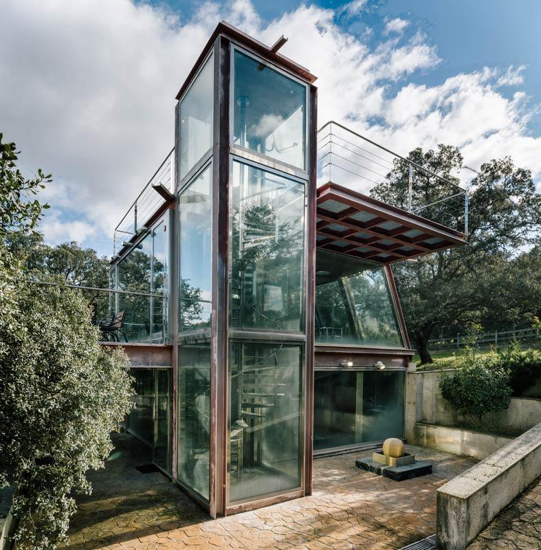 Versteckt Im Wald Der Verborgene Glaspavillon In Spanien