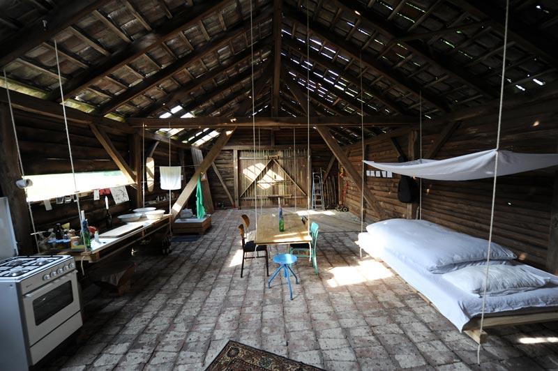 lowtech wohnen architektur online architektur online. Black Bedroom Furniture Sets. Home Design Ideas