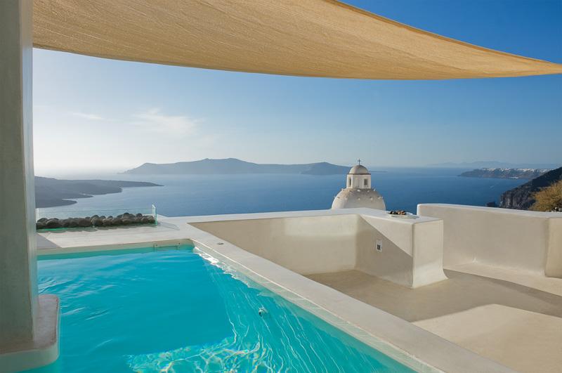 Traum schlafzimmer mit pool  Ein Traum in Weiß und Blau : architektur-online