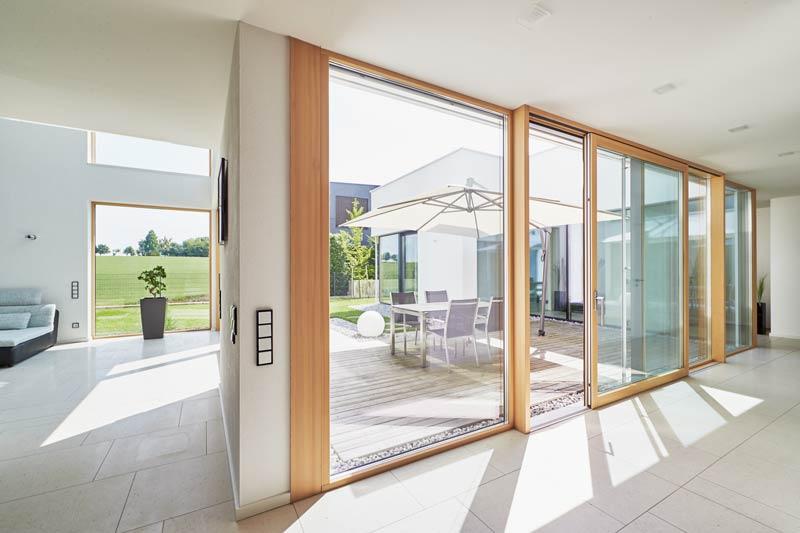 wohnen am stadtrand licht und luftigkeit architektur online architektur online. Black Bedroom Furniture Sets. Home Design Ideas