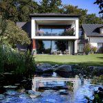 Rahmenloses Design für moderne Architektur