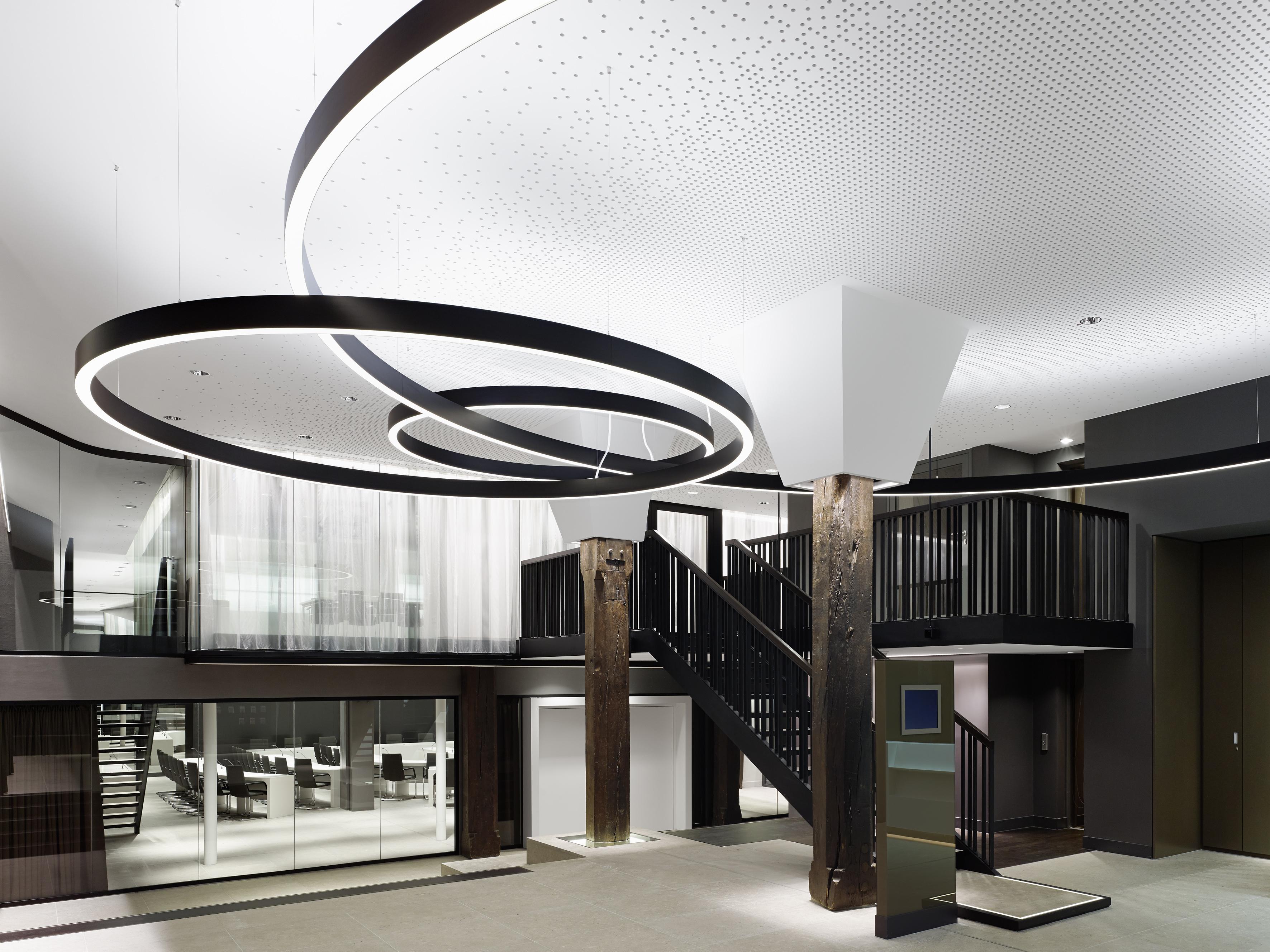 vom ladenbau zum baudienstleister architektur online. Black Bedroom Furniture Sets. Home Design Ideas