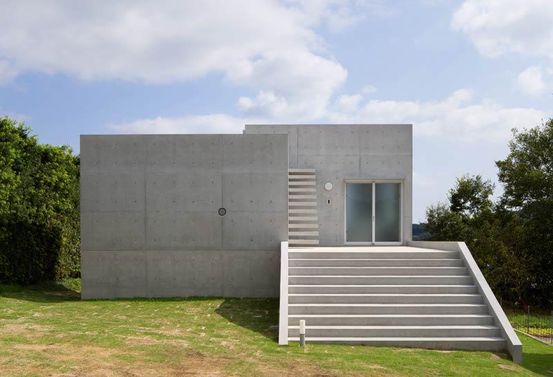 alles aus beton im akitsu house architektur online architektur online. Black Bedroom Furniture Sets. Home Design Ideas