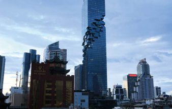 Dezenter Kontrast zu Bangkoks neuer Ikone