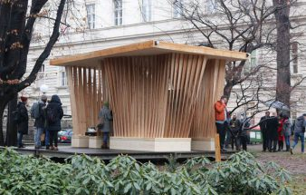 "Holzpavillon ""Twist"" als Campusblickfang"
