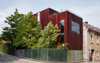 Neu, trotz altem Rost – Einfamilienhaus in Humpolec
