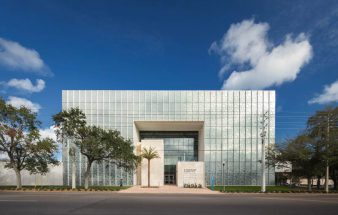 Innovative Glasfassade – Lynn Pippenger Hall
