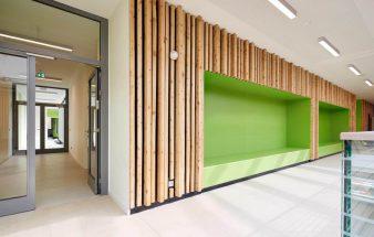 Lichtdurchflutet und kommunikativ – Grundschule Rahewinkel