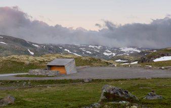 Nordische Architektur –  ein WC-Würfel aus Beton