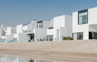 Weiße Geometrie – Sabah Alahmed Alsabah Maritime City