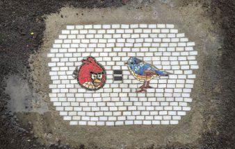 Schlaglochkunst im öffentlichen Raum – Jim Bachor