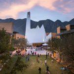 Ein Tanz von Material und Licht – Parish Church