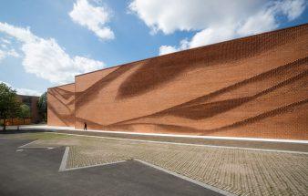 Eine Fassade wie ein Vorhang – Nordwest