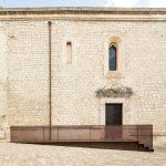 Eleganter Seiteneingang – Kirche San Francesco