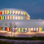 Eine Fassade wie ein Bücherregal