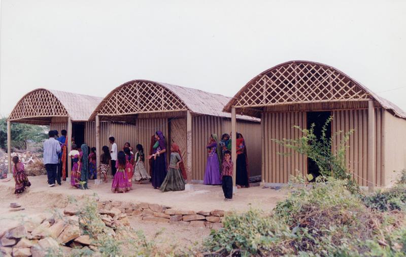 Paper-Log-House