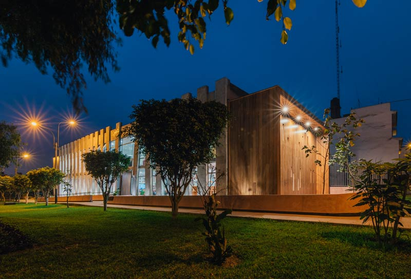 Plaza Biblioteca Sur