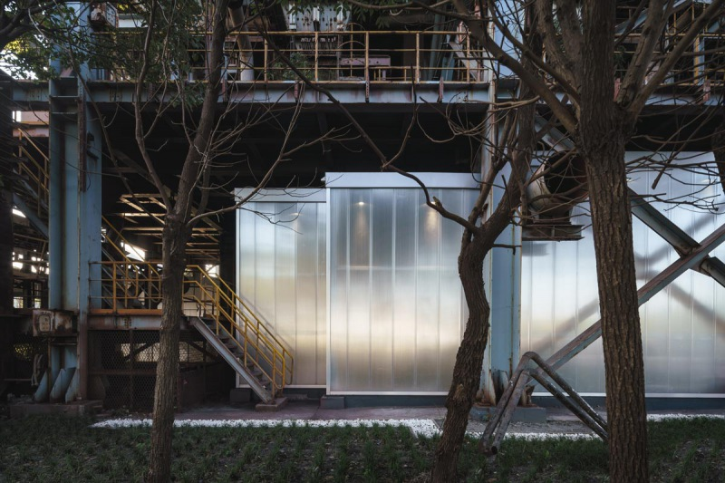 8_detailed-facade