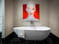 Hi_Bisha Toronto_Bathtub_(c) Loews Hotels & Co