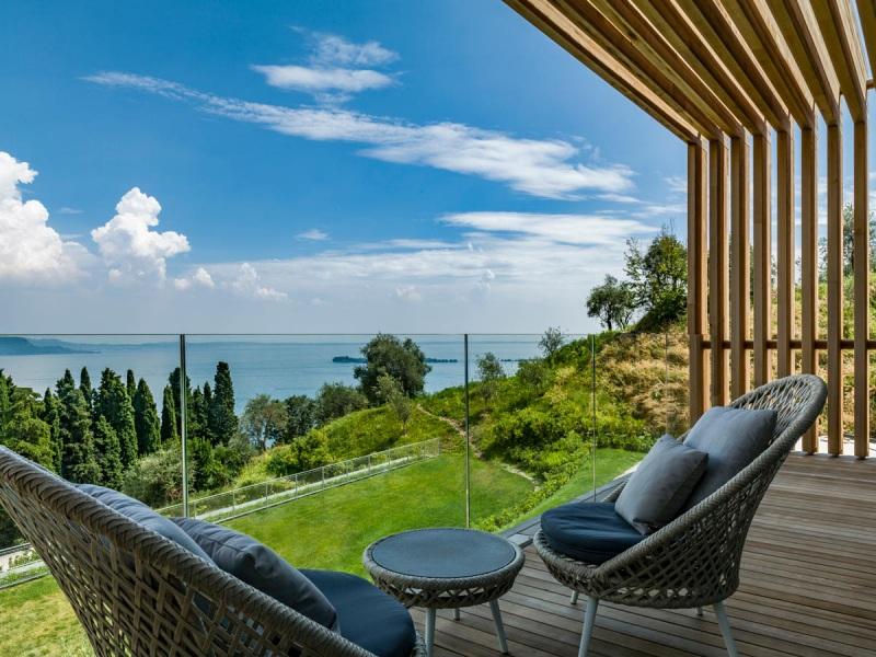 Eden_Reserve_Hotel__Villas_Landmark_1_Terrace_View
