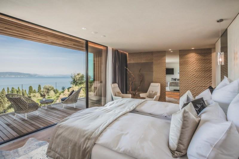 Eden_Reserve_Hotel__Villas_Landmark_Bedroom
