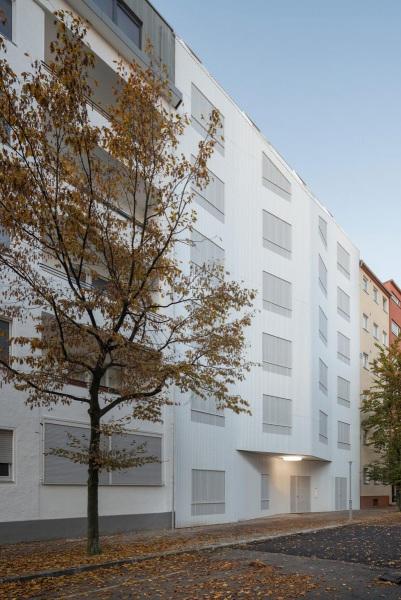 Eisberg-rundzwei-Architekten-Berlin-Foto-Gui-Rebelo-WHS66_143