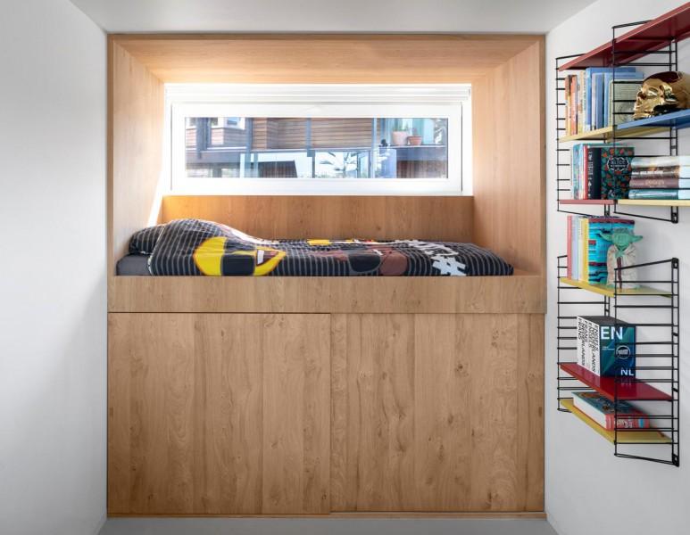 065-HR-05_Floating_Home_Schoonschip_residential_interior_bed_i29