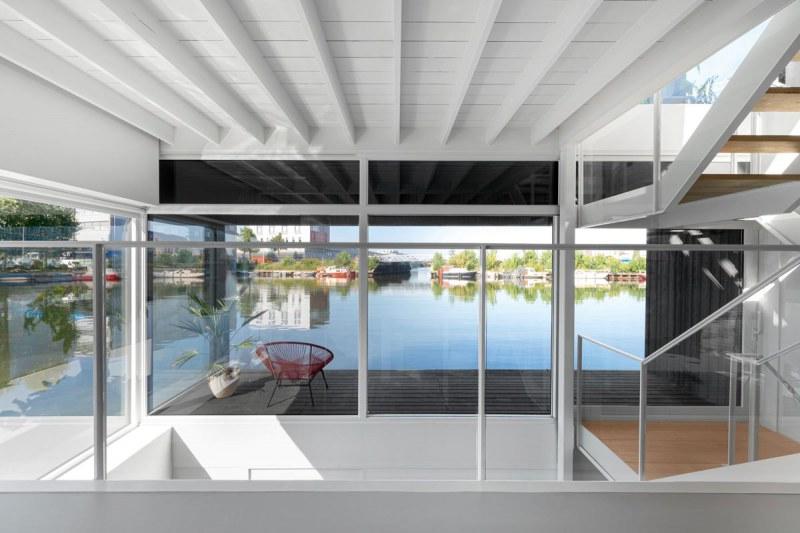 065-HR-06_Floating_Home_Schoonschip_residential_interior_railing_i29