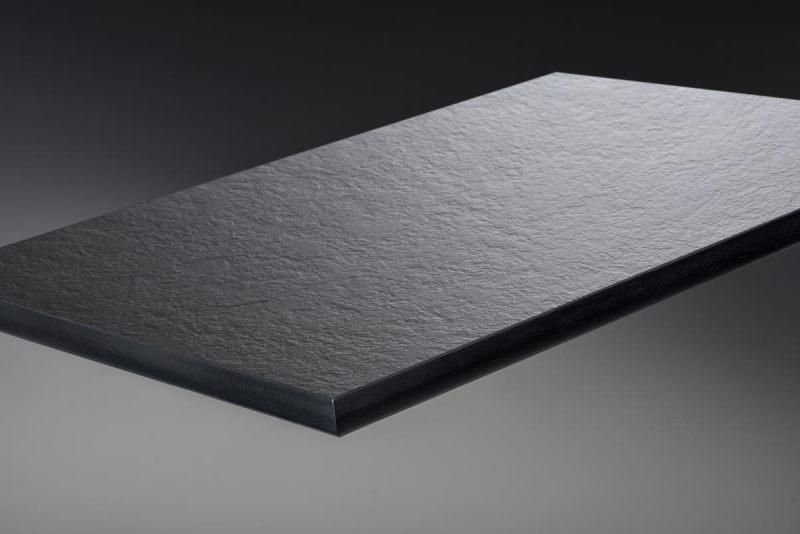 Max-Compact-Interior-schwarzer-Kern_0077SX-IP-Charcoal-neu