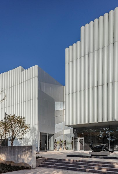 3.-The-Nancy-and-Rich-Kinder-Building-at-the-Museum-of-Fine-Arts-Houston-west-facade