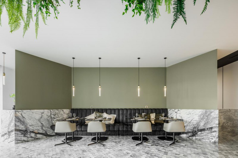 KOI Restaurant by Azoris em Ponta Delgada nos Açores, projecto de arquitectura Box Arquitectos Associados e fotografia de Ivo Tavares studio