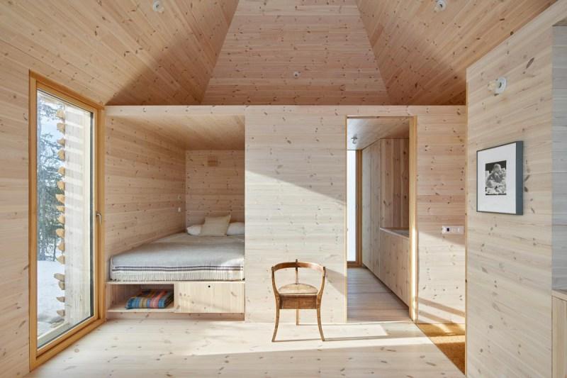 Mork-Ulnes-Architects-Skigard-Hytte-PH-W_36-photo-by-Bruce-Damonte