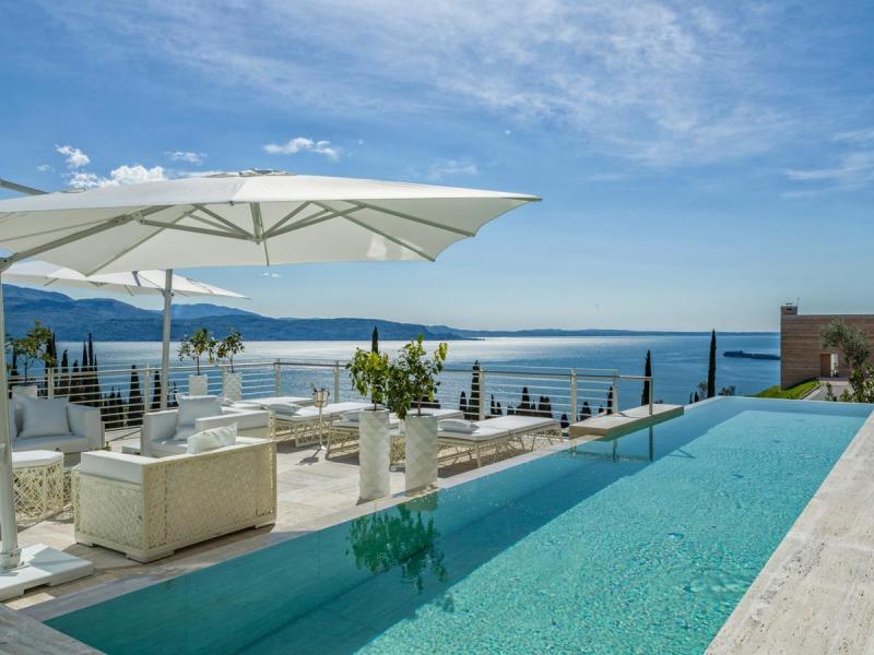 Eden_Reserve_Hotel__Villas_Villa_Richard_Meier_Pool_Area