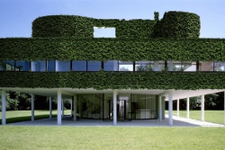 Eco-friendly Villa Savoya, Poissy – Le Corbusier, 1929