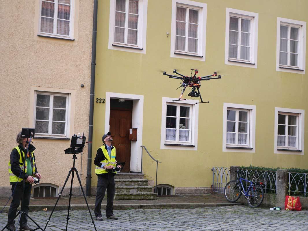 Fassadeninspektion mit Drohnen