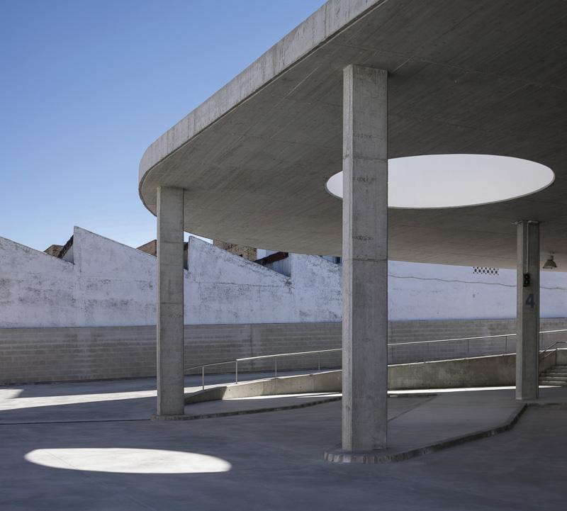 Estepa Busstation Spanien Deckenöffnung Kreis
