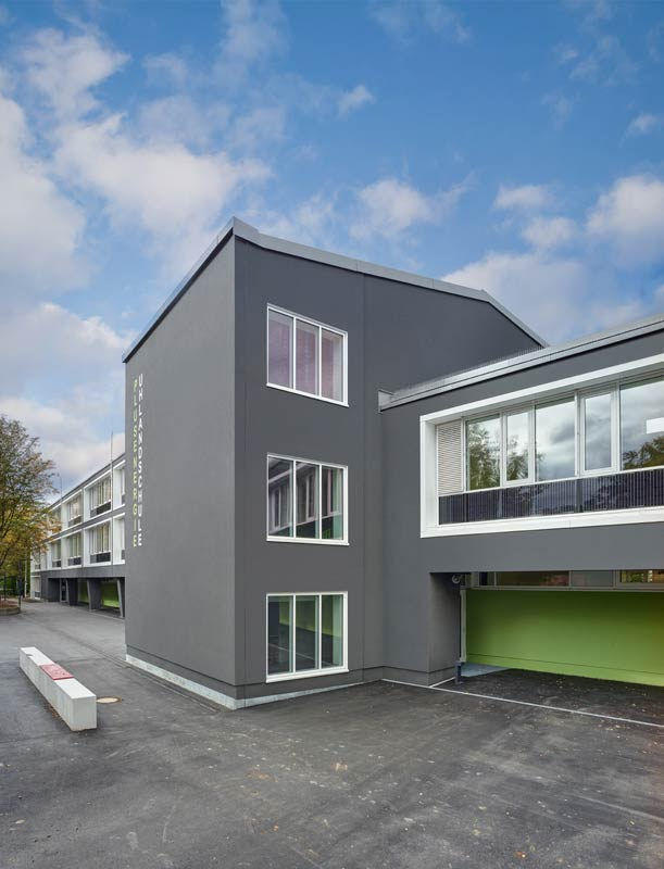 Uhlandschule Stuttgart aussen