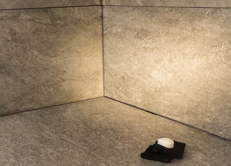 ACO-ShowerDrain-U---Image-Bild-2