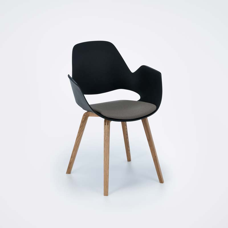 Waiste Chair