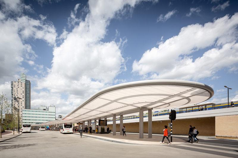 Busstation Tilburg Holland