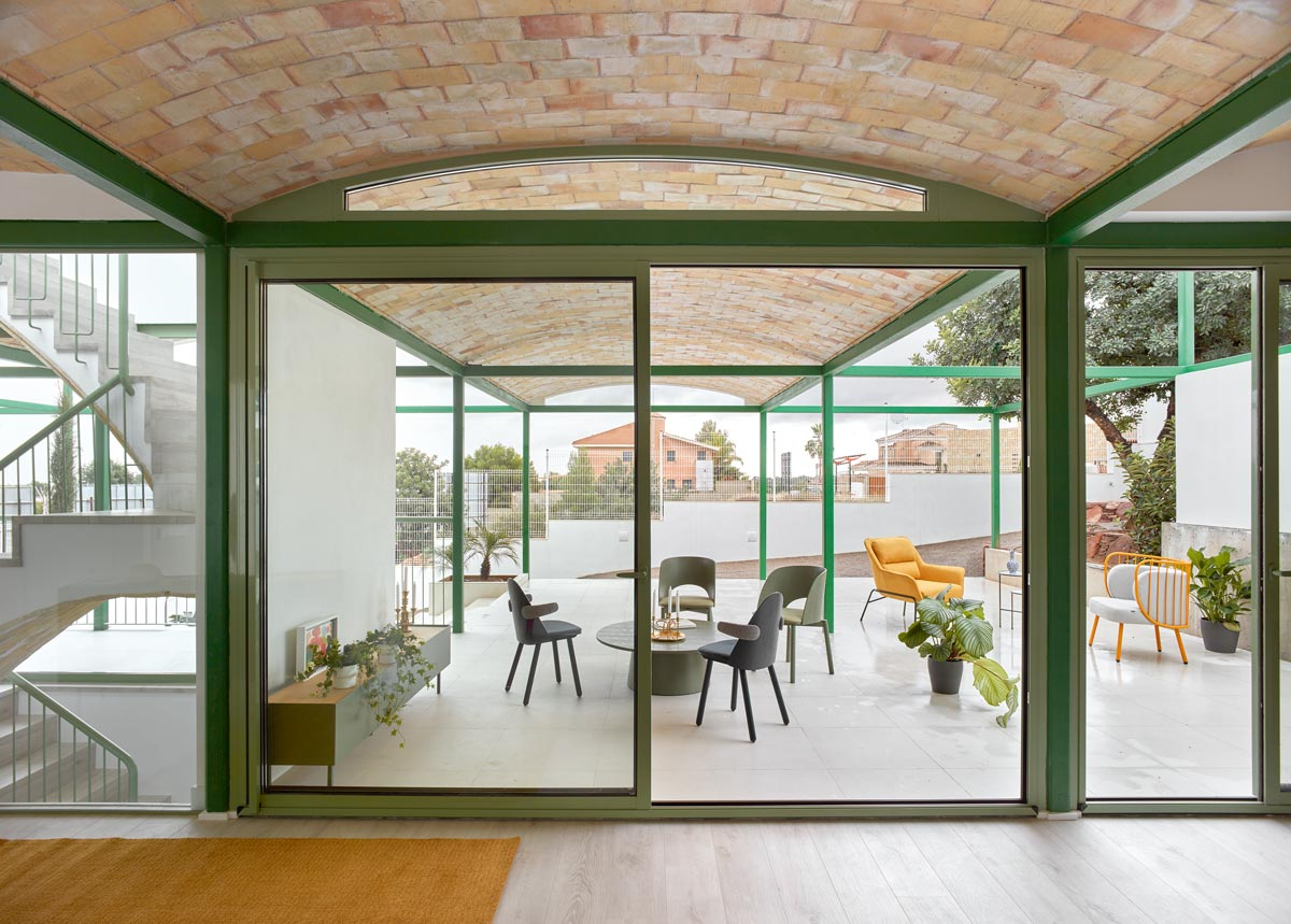 Space Popular Brick Vault House