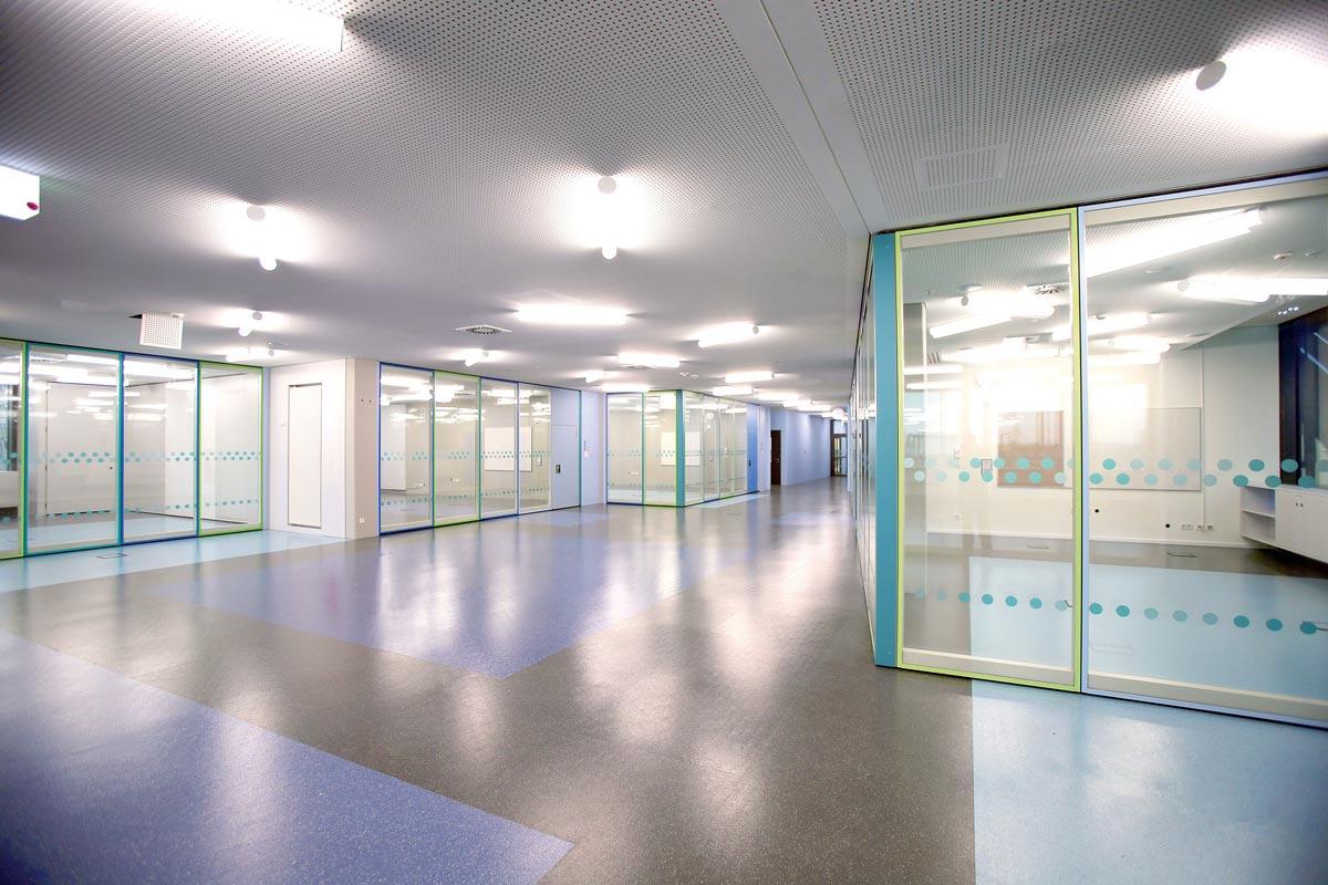 Trennwandsystem Variflex und Variflex Glas von DORMA Hüppe
