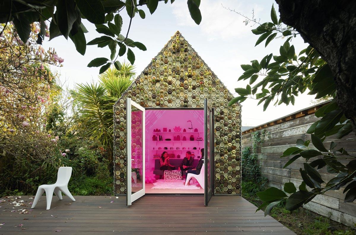 Gebäude aus gedruckten dreidimensionalen Fassadenfliesen