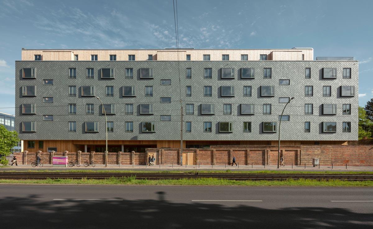 Wohnbau Walden 48 in Berlin Friedrichshain von Scharabi Architekten in Arbeitsgemeinschaft mit Anne Raupach
