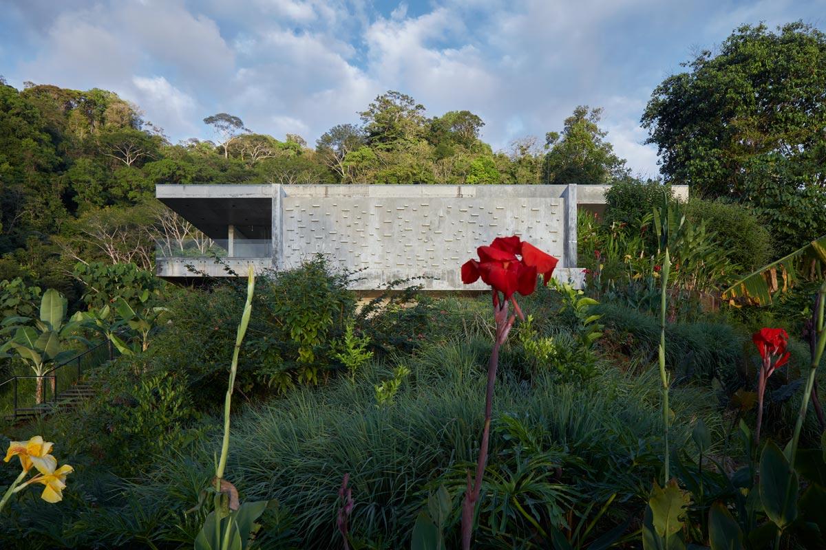 Formafatal - Art Villa - Bahia Ballena, Playa Hermosa, Costa Rica