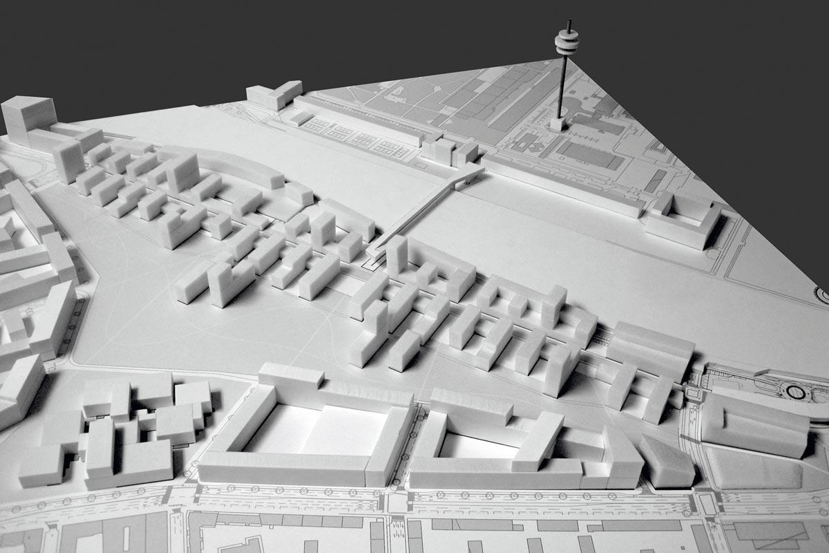 Im Zuge des kooperativen Verfahrens entwickelte Franz Denk für das Sonnwendviertel ein Szenario, bei dem Bebauung und Landschaft miteinander verzahnt werden.