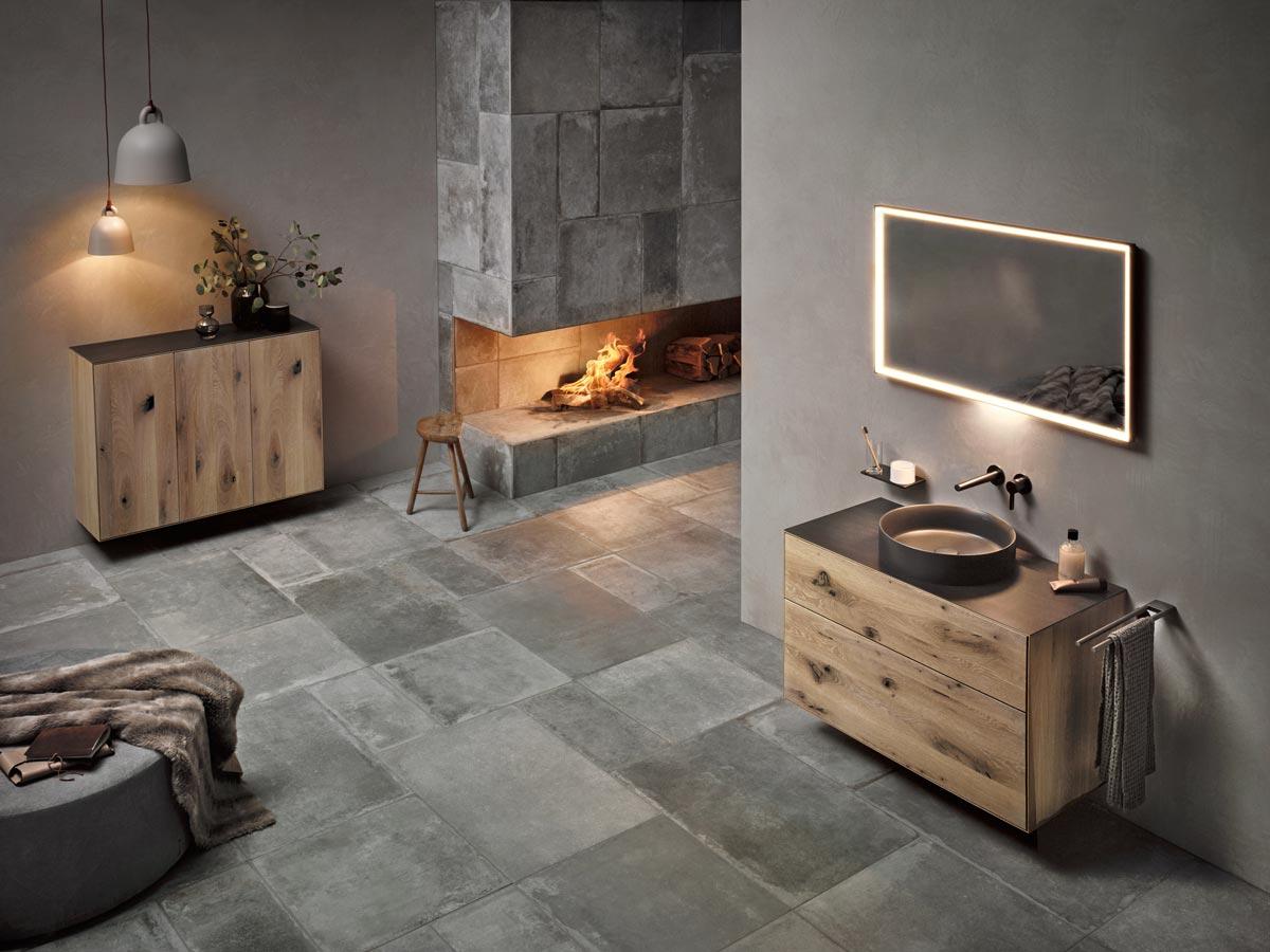 Badeinrichtungskonzept EDITION LIGNATUR mit Möbeln aus Naturholz von KEUCO und TEAM 7