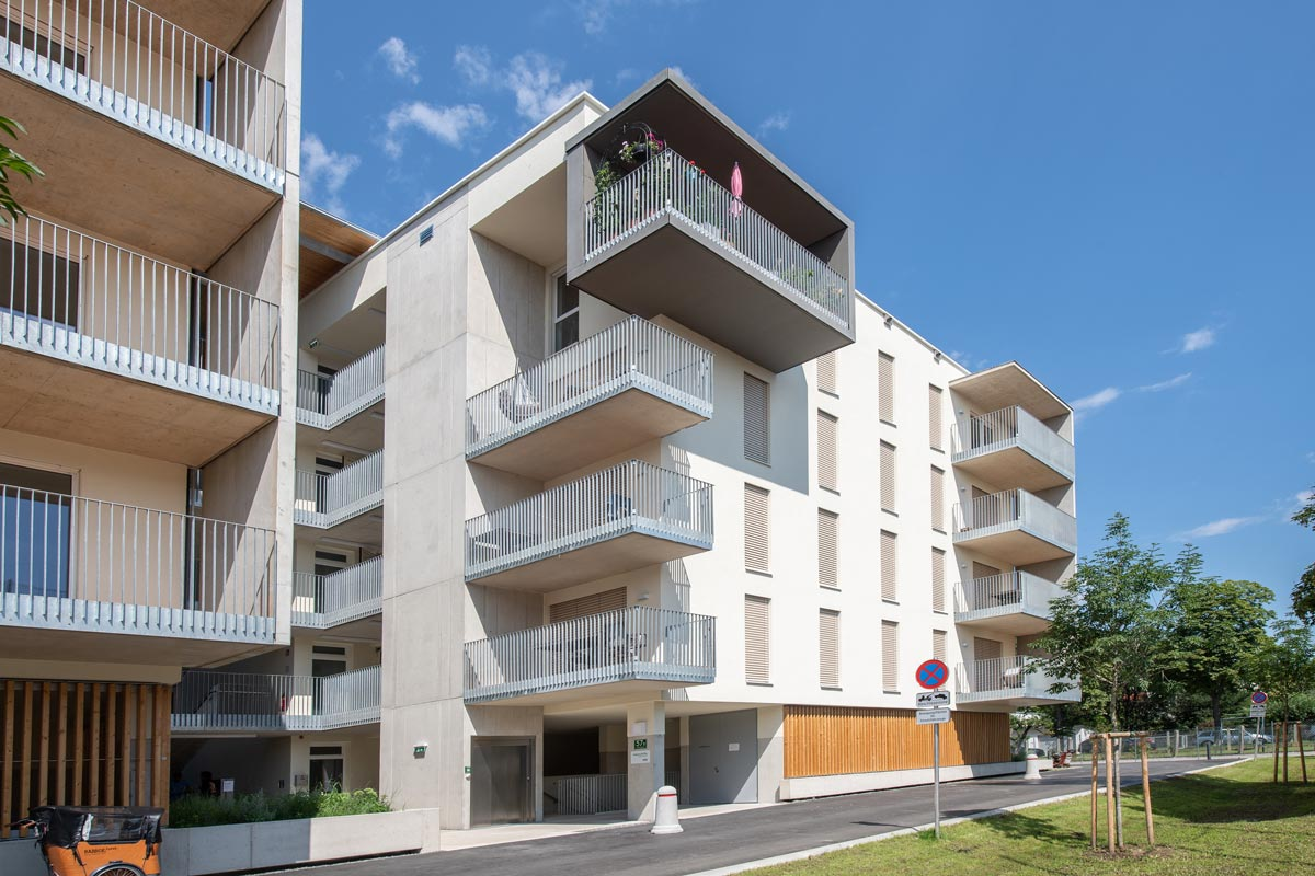 Wohnhausanlage Vinzenzgasse in Graz mit ZIP-Systemen vom Sonnenschutzprofi VALETTA