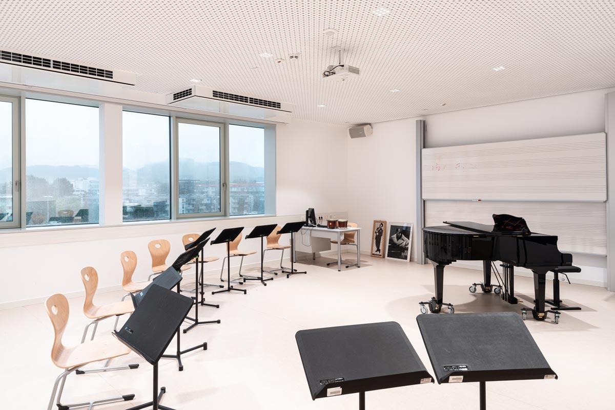 Die von One Room Architekten geplante Sanierung und Erweiterung des Musischen Gymnasiums Salzburg schafft Platz und unterstützt die kreative Ausbildung durch Funktion und innovative Technik.